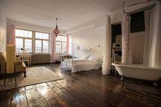 Regardez ce logement incroyable sur Airbnb : Loft with fantastic Atmosphere - Lofts à louer à Berlin