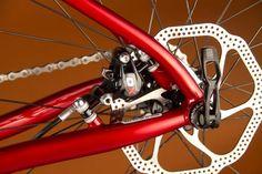 The SIR 9 post-mount brake Mountain Bike Reviews, Mountain Biking, Bike Magazine, Mtb, Beautiful Landscapes, Bicycles, Classy, Steel, Nice