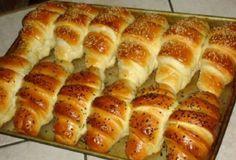 Tie najlepšie maslové rohlíky s vláčnou chuťou pripravené za 15 minút! Bosnian Bread Recipe, Bosnian Recipes, Croatian Recipes, Bread Recipes, Cooking Recipes, Healthy Recipes, Macedonian Food, Good Food, Yummy Food