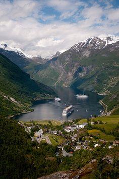 """El paraíso en """"versión noruega"""" (Fiordo Geiranger) - 101 Lugares increíbles 101 Lugares increíbles"""
