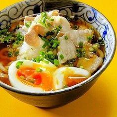 【めんつゆはお休み!】ごま油が隠し味の「冷やしポン酢うどん」激旨レシピ♪ Japanese Dishes, Japanese Food, Homemade Ramen, Ramen Recipes, Yams, Noodle Soup, Potato Salad, Noodles, Mashed Potatoes