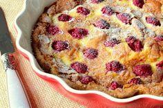 Fransız mutfağının en sevilen tatlılarından klafuti ile tanışma zamanınız geldi de geçiyor dostlar. Bu güzelliği bir an önce mutfaklarımıza taşımalı.
