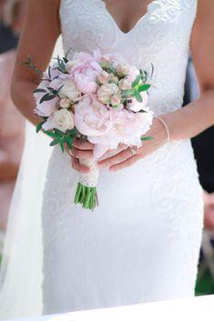 Wedding Flowers Wedding Flowers, Wedding Dresses, Italy Wedding, Destination Wedding, Fashion, Bridal Dresses, Moda, Bridal Gowns, Wedding Gowns