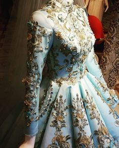 Amazing Outfit Ideas Fiesta You Will Love outfit ideas fiesta, Красивое # Source by slyearwood dress hijab Casual Dresses, Fashion Dresses, Prom Dresses, Formal Dresses, Wedding Dresses, Stunning Dresses, Pretty Dresses, Dress Dior, Muslimah Wedding Dress