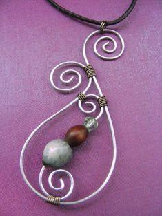 La Belle Helene: Spiral pendant