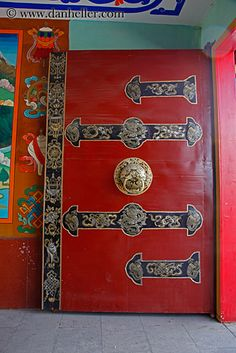 red-tibetan-door-.jpg asia, asian, colors, doors, images, lhasa, red, style, tibet, tibetan, vertical
