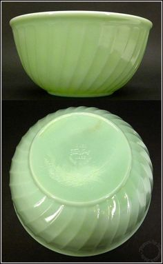 "1950's Vintage 9"" Jadeite Green Glass Swirl Pattern Mixing Bowl by Fire King"