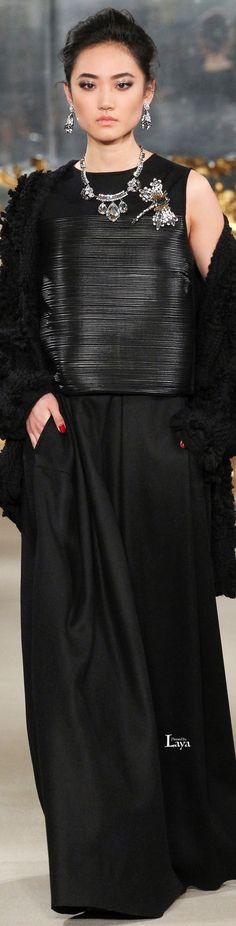 Les Copains.         Fall/Winter 2015-16.          ReadyTo-Wear.