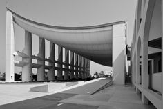 Image 1 of 16 from gallery of AD Classics: Kuwait National Assembly Building / Jørn Utzon. Photograph by Jeffrey van der Wees Rem Koolhaas, Government Architecture, Kenzo Tange, Jorn Utzon, Famous Architects, Alvar Aalto, Brutalist, World Heritage Sites, Modern Classic
