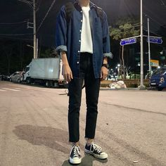 138 vintage men clothing fashion guys – page 15 Indie Fashion Men, Fashion Guys, Korean Fashion Men, Fashion Outfits, Stylish Mens Outfits, Casual Outfits, Mode Man, Retro Outfits, Mens Clothing Styles