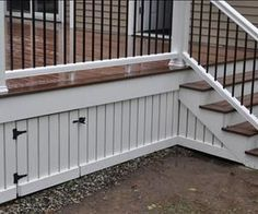 Superb Deck Design Cool Deck Skirting Ideas for Every Home & Yard - Find and save ideas about Deck skirting ideas in this article. Patio Plan, Deck Plans, Cool Deck, Diy Deck, Best Deck, Porche Frontal, Deck Skirting, House Skirting, Vinyl Skirting