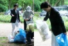 Past photos of Yoo Jae Suk performing good deed get attention