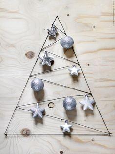 Bettina-Holst-christmas-tree-on-the-wall