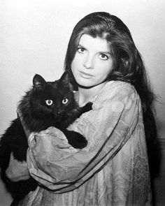 Katharine Ross and cat