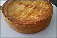 No conocía este pastel, hasta que me encontré la receta en la red, me pareció muy apetecible y adaptable a la thermomix ®. Es muy sencillo en su preparación y máximo ayudada por la susodicha thermomix ®. Después de investigar un poco sobre éste pastel, he sabido que es un postre cuyo origen está en …