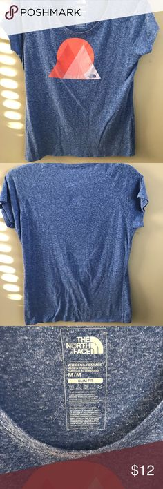 North Face Top Comfortable TNF Top! Great for working out or lounging. Wore maybe 3 times.   Lost some weight so it's time to clean out the closet!   Smoke free home ☑️  Pet home (cat + dog), but will try my best to eliminate any and all hairs before shipping! The North Face Tops Tees - Short Sleeve