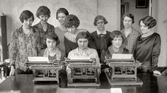 Genealogy Education in 140 or Less Put Things Into Perspective, Vintage School, Vintage Ladies, Vintage Typewriters, Interesting History, Women In History, Photo Archive, Popular Culture, Vintage Photography