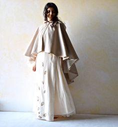 Bridal cape Hooded cape Wedding cape Wedding cloak por LoreTree
