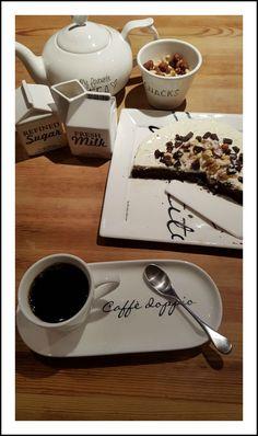 Riviera Maison dishes Fresh Sugar, Dishes, Tableware, Dinnerware, Tablewares, Tablewares, Place Settings, Dish, Signs