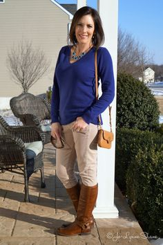 88056cda69f Fashion Over 40  wearable winter outfit ideas for real moms Over 50 Womens  Fashion