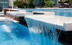 Ubicado en la Isla de Margarita, el HOTEL BOUTIQUE MALOKA & SPA ofrece un hospedaje de lujo  donde el buen gusto, la comodidad, el estilo y el sosiego se conjugan en una  hermosa locación natural en las faldas del cerro Matasiete. La calma del  entorno, el imponente paisaje marino y su ambiente sibarita sin duda cautivan los  sentidos de sus visitantes.