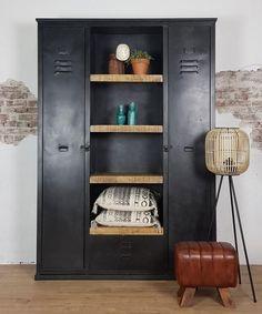 Industriële kast Liz - Max Wonen Mudroom, Plank, Interior And Exterior, Lockers, Locker Storage, Bookcase, Sweet Home, New Homes, Shelves
