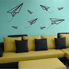 washi tape to make image of paper planes on walls. Use washi tape to make image of paper planes on walls. Tape Wall Art, Washi Tape Wall, Tape Art, Diy Wall Art, Washi Tapes, Diy Wand, Deco Kids, Simple Wall Art, Home Wall Decor