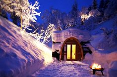 Eco POD hotel, Switzerland wonderful place to stay while skiing.