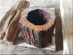 Bélhiányos akácfa rönk Natural Wood Furniture, Rustic Furniture, Industrial Loft, Wabi Sabi, Coconut, Vase, Fruit, Design, Vintage