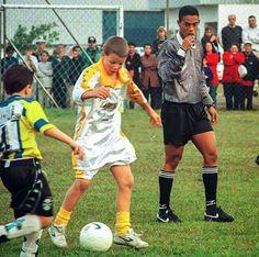 Un día eres árbitro juvenil y al otro Campeón del Mundo y Balón...