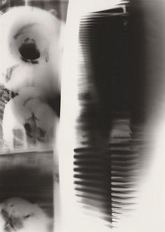P 34 | Photogramm, 2015 | Silbergelantine Print (PE) auf Bristolkarton