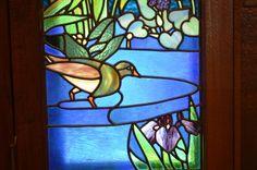 二葉御殿には数多くのステンドグラスが飾られました。そのステンドグラスの原画は桃介の義弟でデザイナーとして名の売れていた杉浦非水(1876-1965年)です。