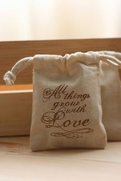 fabulous bags that can be filled with wildflower seeds :)
