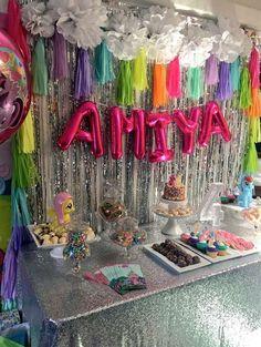 Rainbow My Little Pony unicorn birthday party decorations DIY ideas My Little Pony Birthday Party, Trolls Birthday Party, Troll Party, Rainbow Birthday Party, Unicorn Birthday Parties, Birthday Party Themes, 5th Birthday, Birthday Ideas, Birthday Morning