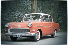 awesome Opel Olympia Rekord P 1958 images Classic Motors, Classic Cars, Vintage Cars, Antique Cars, Automobile, Counting Cars, Motor Scooters, Rear Wheel Drive, Ford Gt
