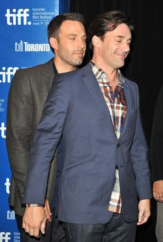 Ben Affleck and Jon Hamm, not sure what they were about to do here, but it definitely goes a certain way in my head. Jon Hamm, Ben Affleck, Handsome Actors, Handsome Boys, Lycra Men, Rugby Men, Hunks Men, Men Kissing, Evolution Of Fashion