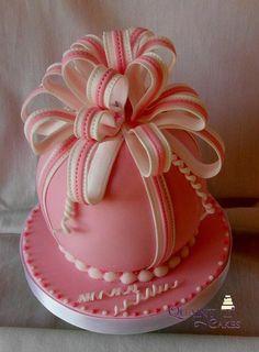 sphere cakes | Rich Fruit Spherical Cake