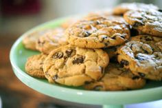 The Best Chocolate Chip Cookies...Ever - Cupcakes & Cashmere