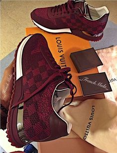 Sneakers louis vuitton 2018 new Ideas Zapatillas Louis Vuitton, Louis Vuitton Sneakers, Luis Vuitton Shoes, Louis Vuitton Boots, Sneakers Fashion, Fashion Shoes, Fashion Models, Moda Sneakers, Hot Shoes
