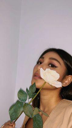 Lady Luster 🌷 Nadine Lustre Instagram, Nadine Lustre Ootd, Nadine Lustre Fashion, Nadine Lustre Outfits, Filipina Actress, Filipina Beauty, Filipina Makeup, Nadz Lustre, Jennifer's Body