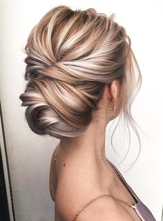 Obsessed with how this knotted updo shows off the dimensional blonde color ? Obsessed with how this knotted updo shows off the dimensional blonde color ? Blonde Updo, Blonde Bridal Hair, Blonde Prom Hair, Bride Makeup Blonde, Thin Blonde Hair, Blonde Bride, Blonde Balayage, Formal Hairstyles For Short Hair, Modern Hairstyles