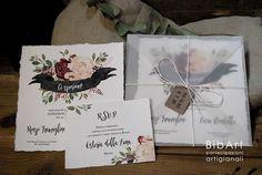 partecipazione nozze suite marsala con busta satinata Book Format, Wedding Book, Marsala, Floral Wedding, Envelope, Wedding Invitations, Place Card Holders, Satin, Handmade
