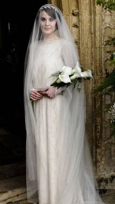 """More and more I find myself drawn to this simple, shroud-like drop veil. Ironic as I  am not a fan of the show (as in, """"I've never had a chance to see it"""" and not as in, """"I don't like it""""), but I find images of Downton Abbey very visually arresting as inspiration."""