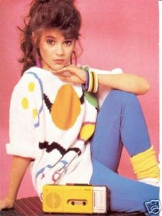 Alyssa Milano 80s sweater and radio