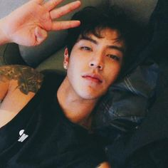 christian yu shared by * ° . ° * on We Heart It Hot Korean Guys, Korean Boys Ulzzang, Cute Asian Guys, Cute Korean Boys, Korean Men, Asian Boys, Asian Men, Cute Guys, Ulzzang Boy