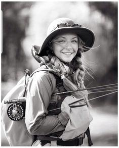 Fly Fishing Bag, Fly Fishing Girls, Fly Fishing Knots, Fly Girls, Fishing Rods, Trout Fishing, Fishing Lures, Usa Fishing, Women Fishing