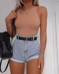 paperbag denim shorts cut off high waisted denim shorts for big thighs ripped de. - paperbag denim shorts cut off high waisted denim shorts for big thighs ripped denim short boyfriend paperwaist jean shorts Source by - Classy Summer Outfits, Summer Outfits For Teens, Cute Casual Outfits, Sexy Outfits, Stylish Outfits, Summer Clothes, Autumn Outfits, Casual Date Outfit Summer, High Fashion Outfits