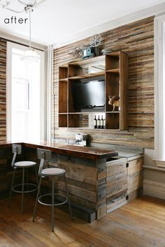 The walls are 1 inch lath which is about a quarter of an inch thick, and was stained in 10 different colors and cut in pieces and randomly stacked. Lath is cheap. This would look great in a kitchen or on a screened porch or bathroom.