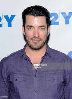 Television Personality Jonathan Scott attend the 92nd Street Y Talk With HGTV'S Jonathan And Drew Scott at 92nd Street Y on April 5, 2016 in New York City.