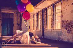 """""""Carried Away""""  Model: Ragibe Özyildiz   Nova Model Management Visagie: Rena Bögels Visagie Fotograaf: Mario Kuijpers Fotografie Nijmegen... Meer weergeven — met Rena Bögels en Ragibe Özyildiz bij Enka Ede."""